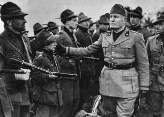 how did the fascists come to power in italy in 1922 The fascists planned the take-over of local government buildings with fascist squads whilst the bulk of the fascist squadrist would march on rome in conclusion, mussolini was able to come to power in 1922 because of his ability to influence and intimidate people he did this by winning support from.